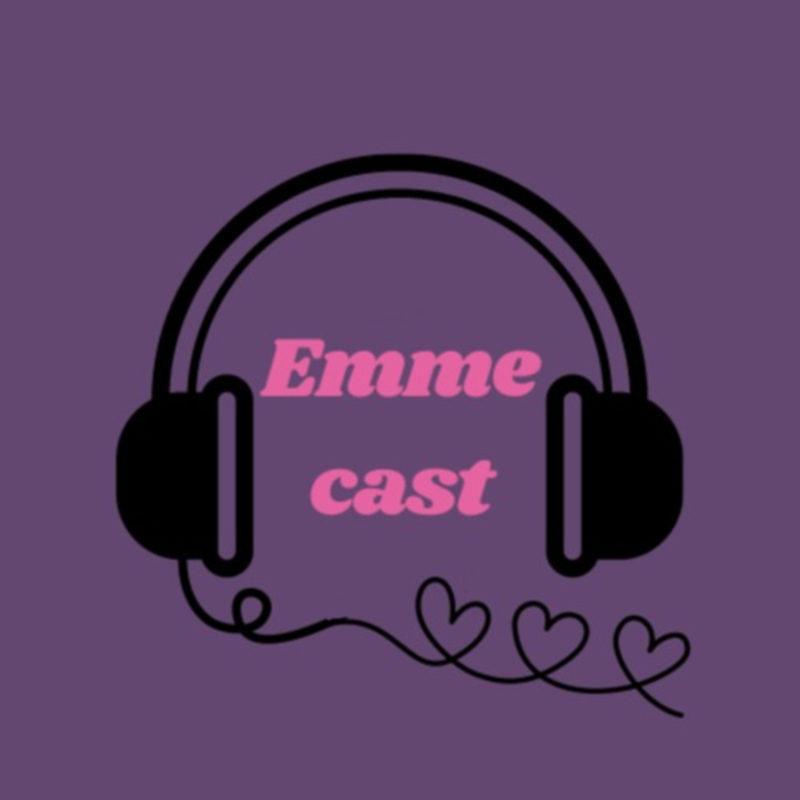 Lillal taustal muaraga joonistatud kõrvaklapid ja roosaga podcasti nimi.